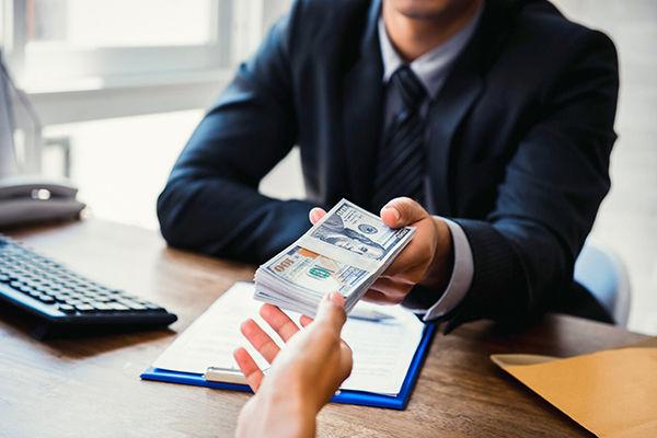 ¿Cómo pedir un préstamo personal si vives en España?
